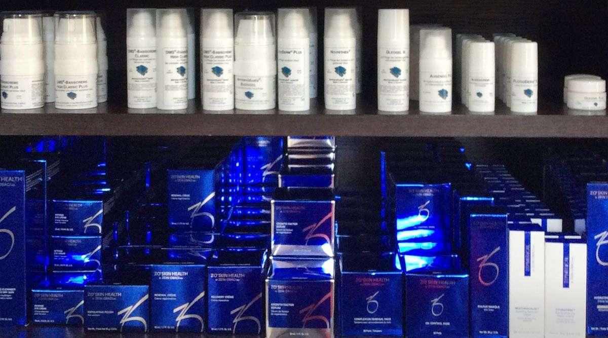 Kosmetikprodukte bei SKIN AND FACE