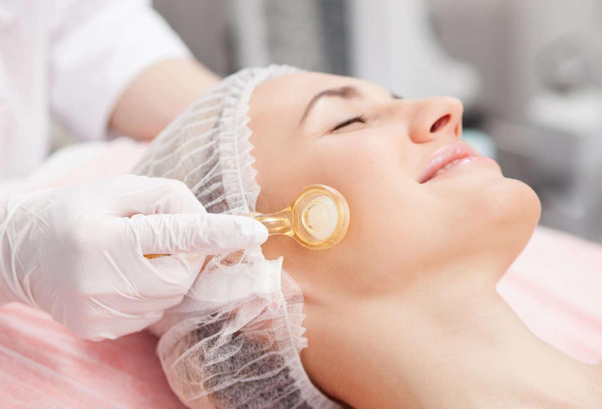 Medizinische Gesichtspflege